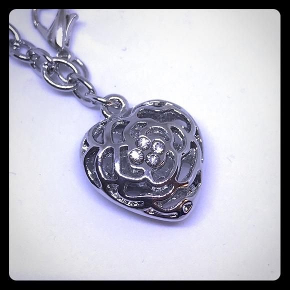 Silver Crystal Heart Bracelet [JW-7]